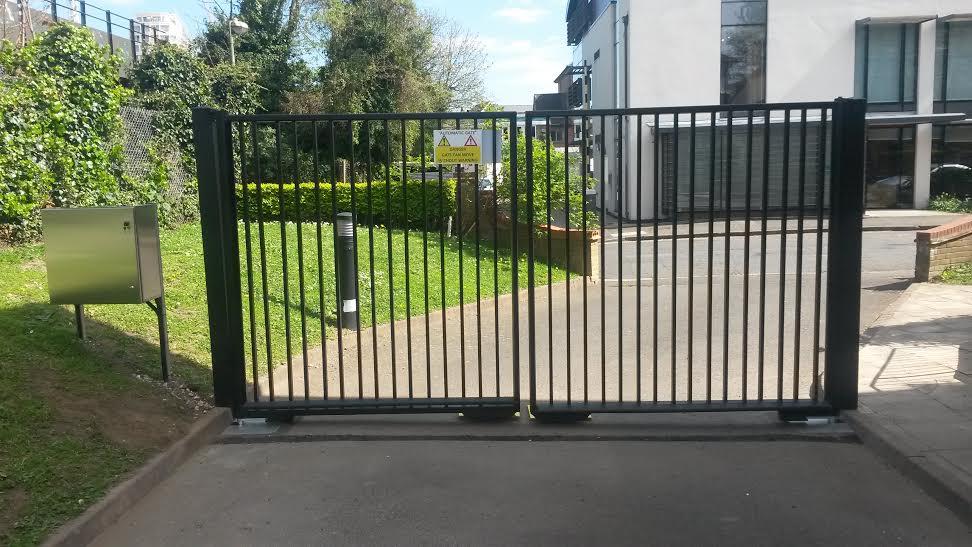 Double leaf swing gates james automation