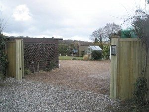 James Automation - Tracked Sliding Gate Courtyard - 2